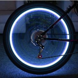 Ventieldop met flitslamp 112 blauw. 2 stuks incl. batterijen